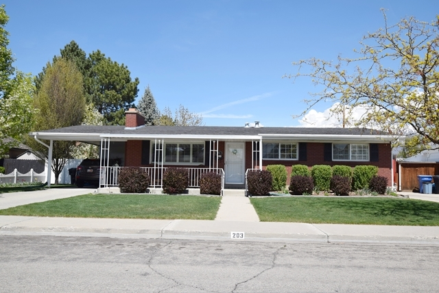 Cherry Hill Neighborhood Rambler Home - Orem, UT